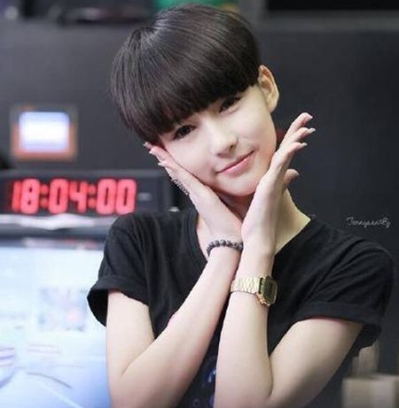 泰国新人女星爆红网络 绝美颜值如画中走出一般