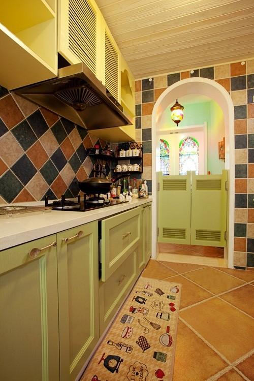 食色橱柜 精选橱柜迥异的色彩方案