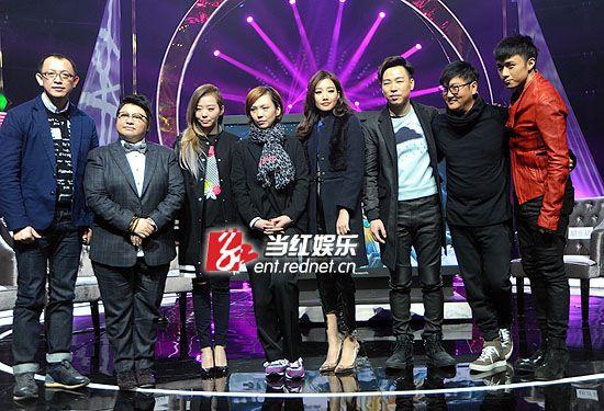 """""""歌手3""""的超强阵容在洪涛(左)眼中,曾犹如一艘航母般庞大而强悍。"""