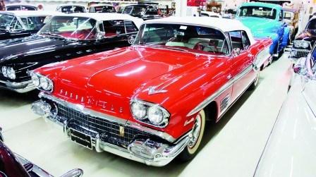 华商买下加拿大藏家百辆古董车有车龄超百年(图)