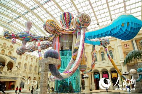 葡藝術家20米巨型裝飾現身澳門促中葡文化交流