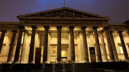 英国十大最吸引榜首游客:大英博物馆蝉联攻略大勇者视频景点v榜首图片