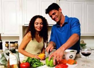 印媒公布8个廉价防癌秘方 吃东西加点大蒜