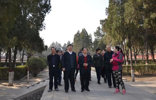 杨思涛率领县党建考察团赴河北考察学习(图)