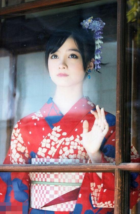 日本千年美女曝和服写真 清纯动人