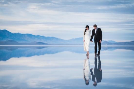 美国夫妇拍浪漫盐碱滩婚纱照 如梦似幻--时尚--人民网
