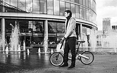 jivr是一辆无链条电动折叠自行车,灵活的结构使得两三下便能折叠