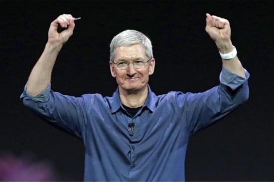 """苹果创新乏力""""钱""""途仍在 市值或至万亿"""