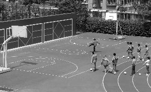 南京集中培训足球老师 国家级裁判来上课