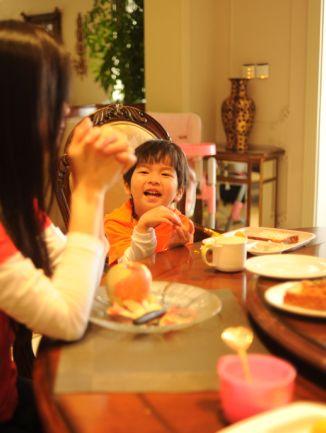 钟丽缇张庭联袂加盟金鹰卡通《爱上幼儿园》