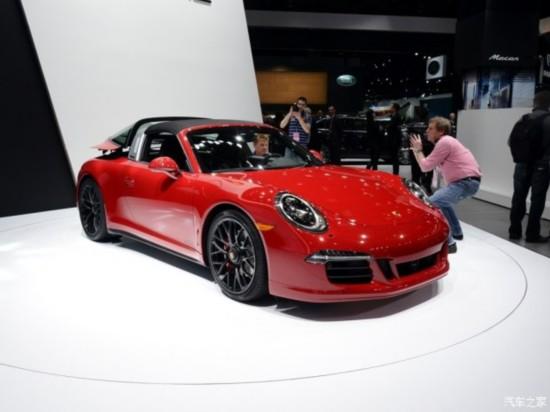 保时捷 保时捷911 2015款 Targa 4 GTS 3.8L