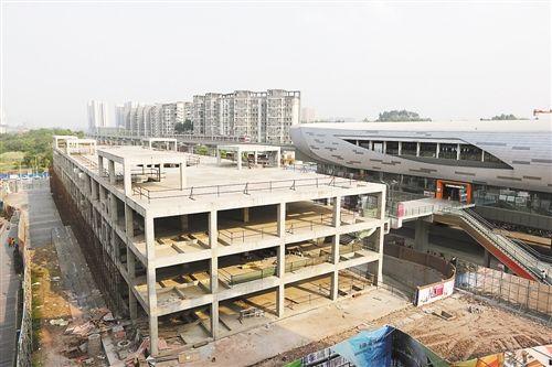 地铁一号线尖顶坡P+R停车楼主体完工