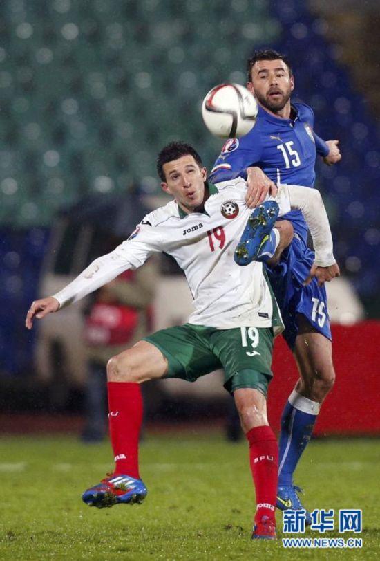 (体育)(2)足球――欧预赛:意大利平保加利亚