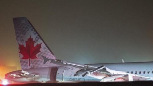 加航客机冲出跑道致25人轻伤或因暴风雪天气