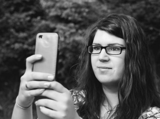 """刷脸时代到来 苹果获""""面部识别锁屏和解锁""""新专利"""