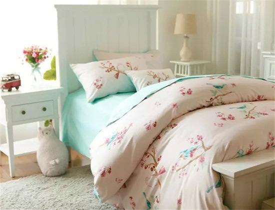 欧式竖条床单贴图