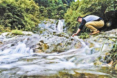 陕西宁强汉源镇大巴山深处的汉江源头,汉江水从这里出发,辗转2000多公里,最终流进京津冀的千家万户