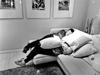 宜家推新规定:禁止顾客在样品家具上蹭睡