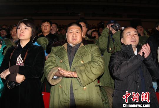 毛新宇回韶山祭祖扫墓 观看毛泽东主题演出