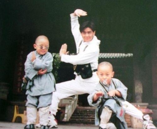 15岁,唐嫣当年夺得舒蕾世纪星全国总决赛冠军。