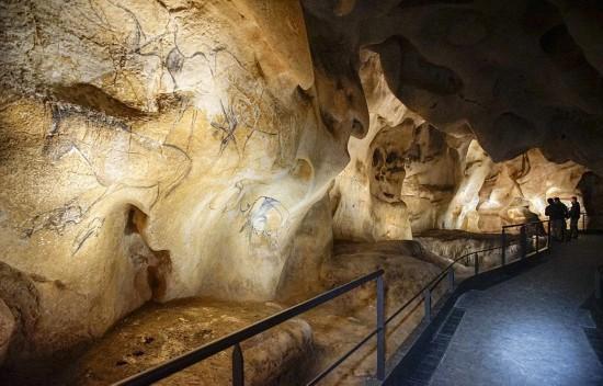 6万年前史前洞穴壁画复制品曝光 精美绝伦(高清