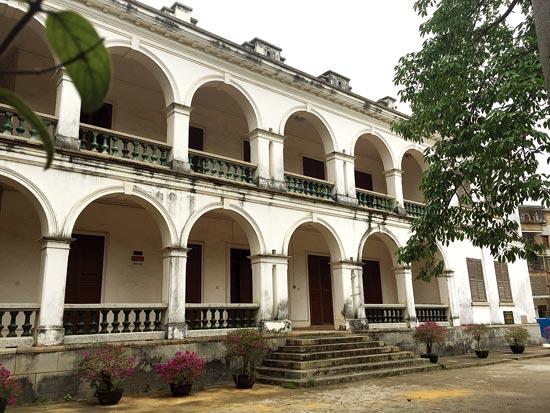 北海一中重修校门 百年英国领事馆旧址将开放(图)