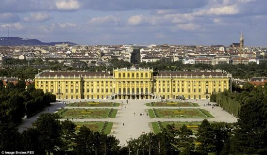 城堡宫殿变身酒店 平民也能体验昔日皇室服务