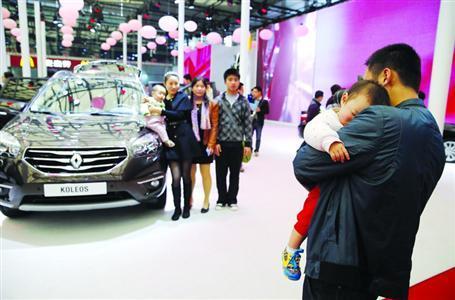 上海车展今年谢绝儿童观展 车模或成销售顾问