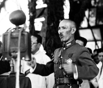 1927年蒋介石为何突然对共产党大开杀戒?