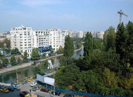 """中国造罗马尼亚""""经适房""""开工 每平米售价约2600元"""