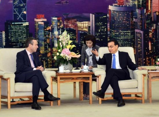 李克强总理接受英国《金融时报》总编巴伯专访实录