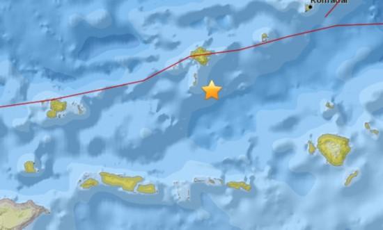 印尼西部海域发生5级地震 震源深131.9公里