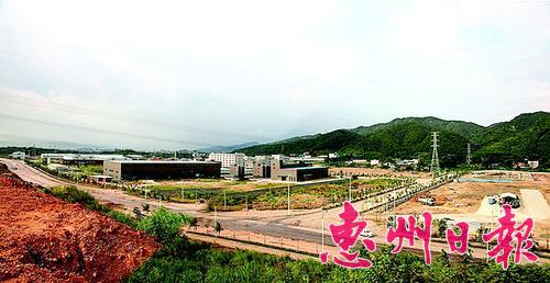 ▲惠州产业转移工业园的基础设施正在不断完善。