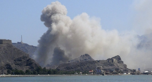 沙特空军空袭也门北部城市 致33名平民身亡