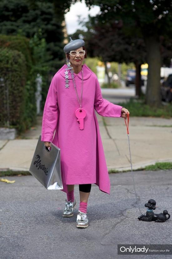 粉色系街拍