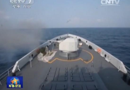 南海舰队054A护卫舰演练海上遭遇战 完全自主对抗