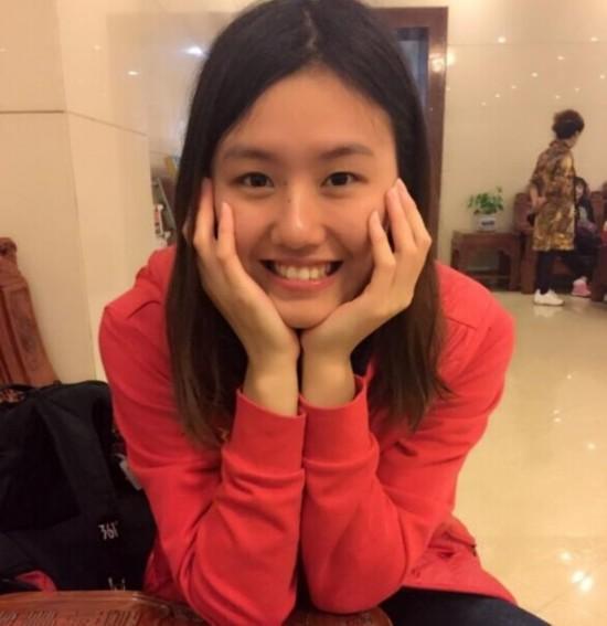 中国游泳新女神刘湘:集清纯