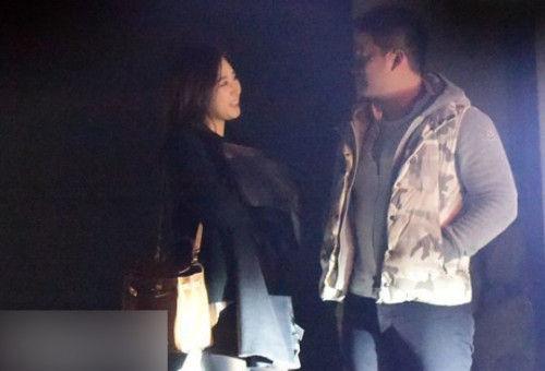 Yuri和男友十分开心