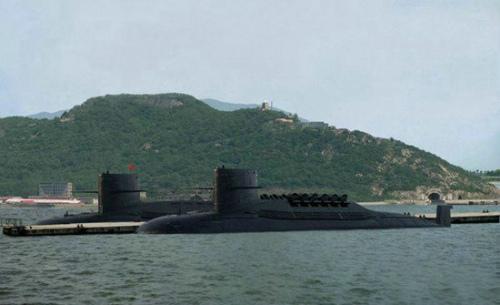 资料图:中国094级战略导弹核潜艇。