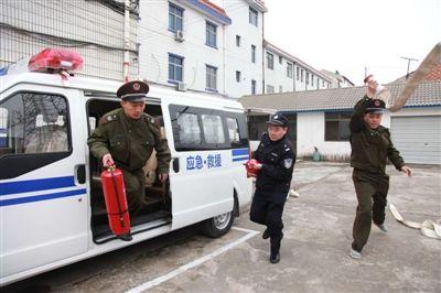 家门口的消防队:海门所有镇乡配备警消两用车