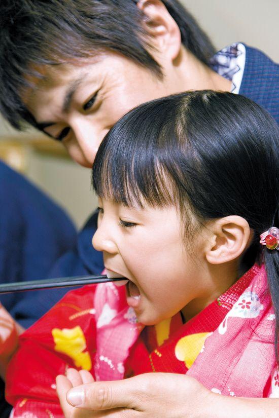 日本学生为能不偏食不剩饭?