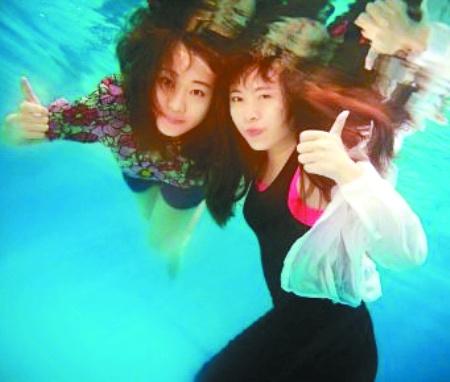 史上最唯美毕业照:女大学生水下拍毕业照获赞