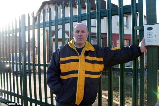 英国男子遭入室行窃20次后将房子修成防盗堡垒