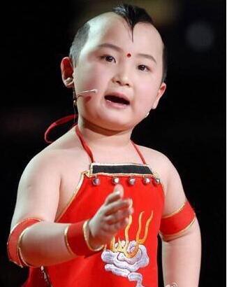 众星悼念邓鸣贺李思思:不愿相信,他那么可爱