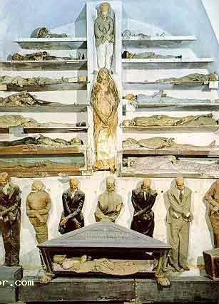 秘世界著名十大古墓 秦始皇陵居第一图片