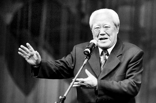 """""""文哏""""巨匠苏文茂病逝 追悼会5月9日举行"""