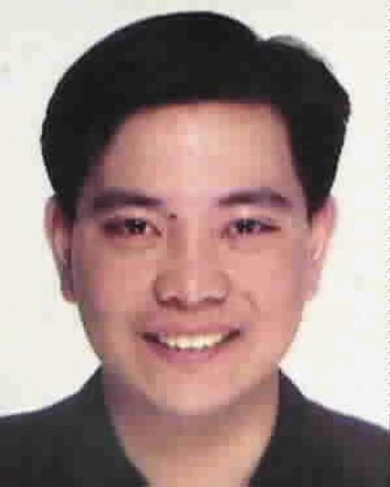 国际刑警组织对程慕阳发布的红色通缉令。国际刑警组织官网