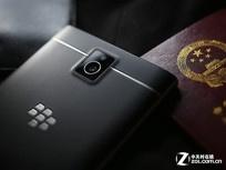 酷似护照的手机 港黑莓Passport迫近3K