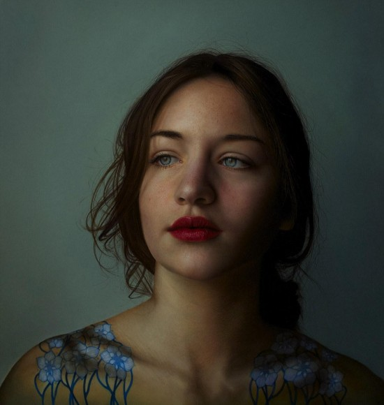 意大利画家创作超写实美女油画