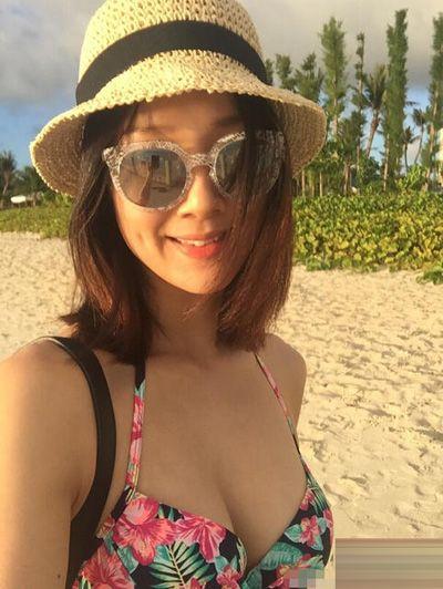 人妻李亚男独自游塞班 穿比基尼享受日光浴